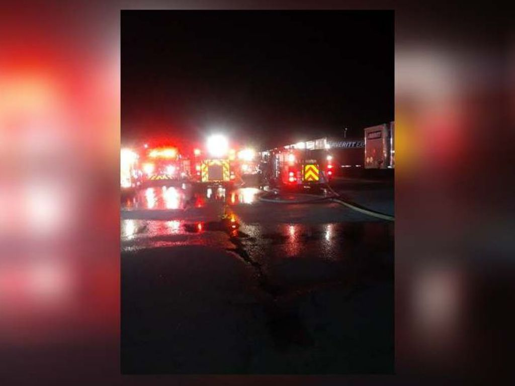 HMN - Explosion leads to chemical fire at Gwinnett business